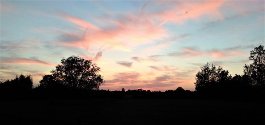 Sunset over Cleveland lake
